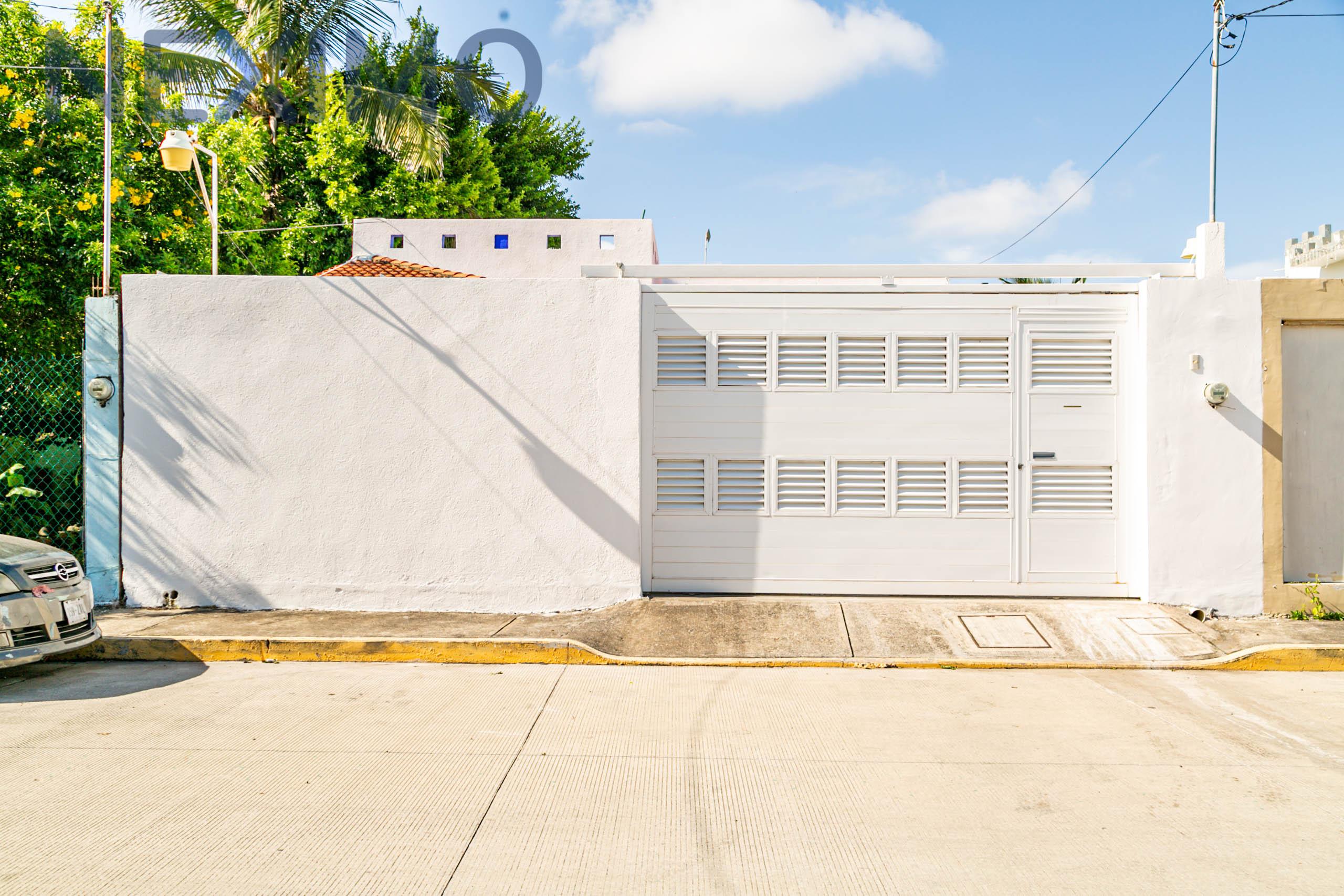Casa en venta en la Colonia Adolfo López Mateos, Veracruz, Veracruz