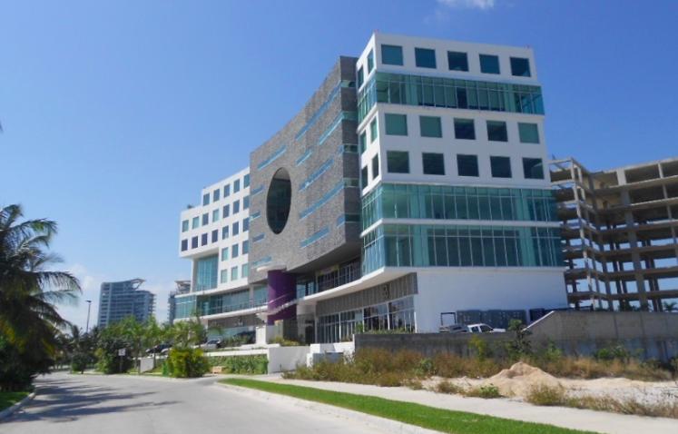 Se rentan oficinas en corporativo ejecutivo en el centro de Cancún