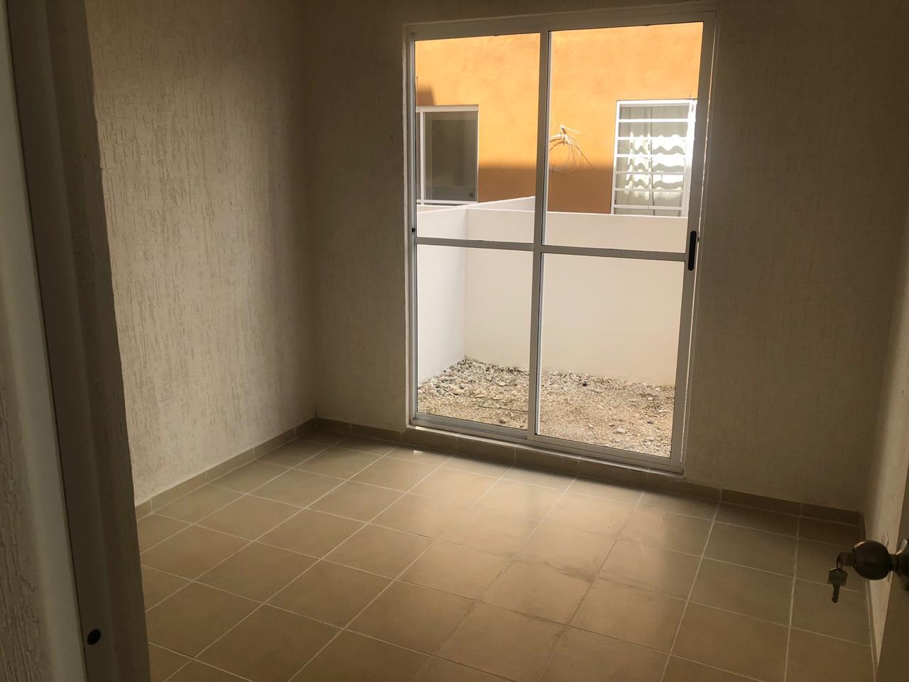 Rento departamento en Cacún fraccionamiento Vista Real