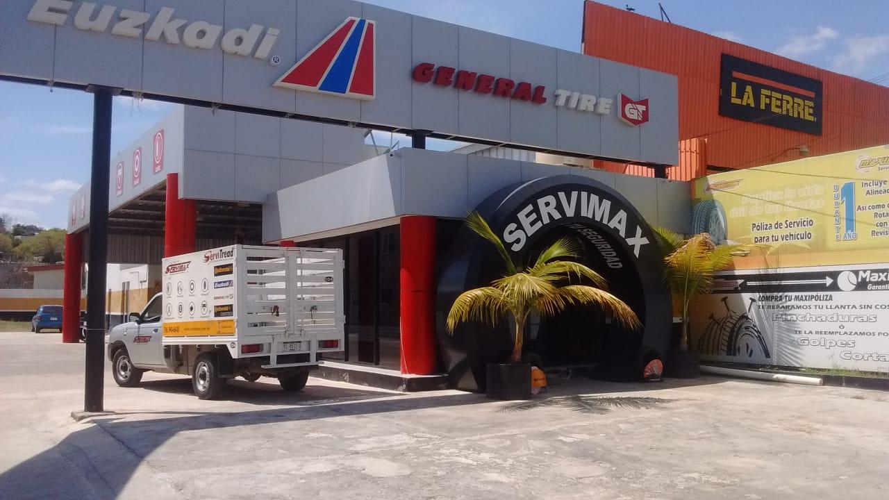 Se vende hermoso terreno con local en funcionamiento en Campeche