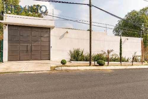 Venta de Casa en Fraccionamiento Acozac, Ixtapaluca