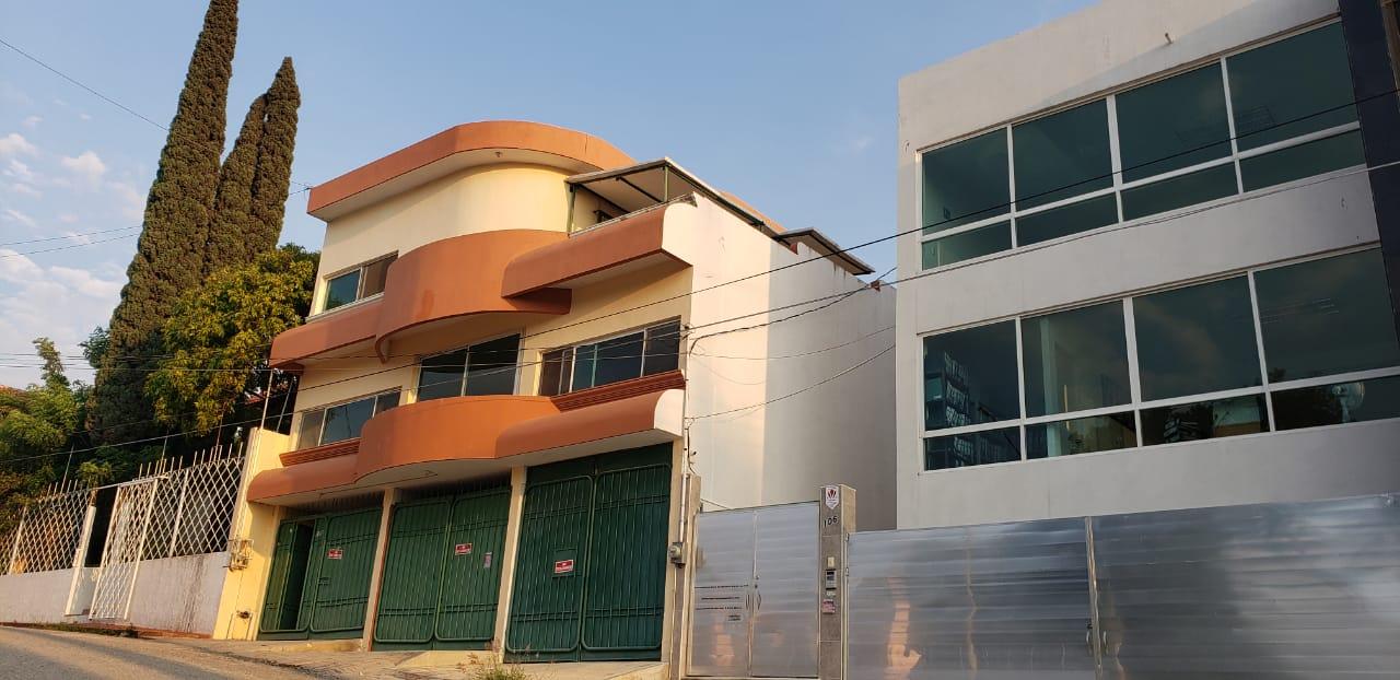 Renta de Casa 3 Niveles en Fraccionamiento Sabines en Tuxtla Gutierrez Chiapas