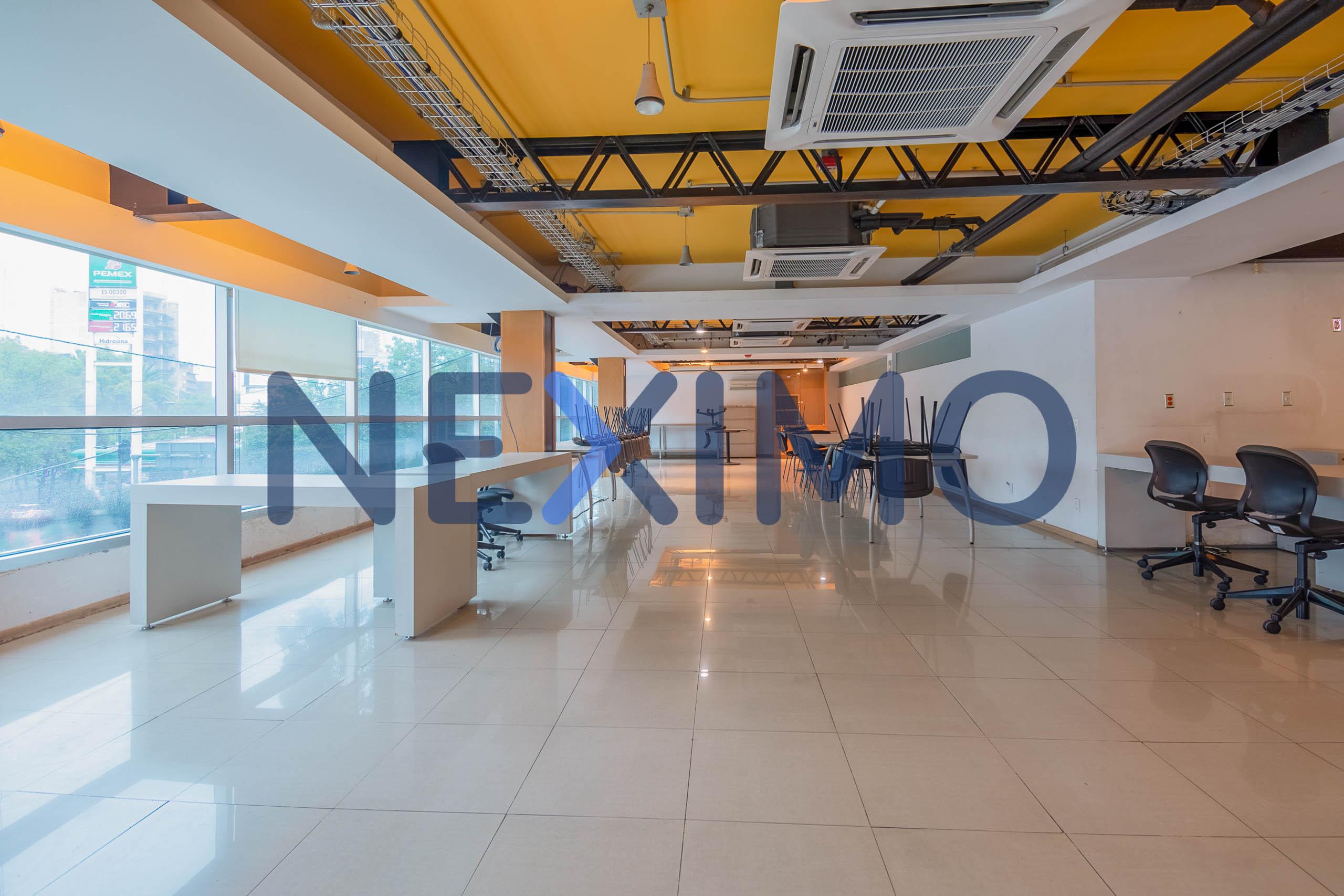 Oficina en Renta Piso Libre Edificio Corporativo Vías Rápidas de Comunicación