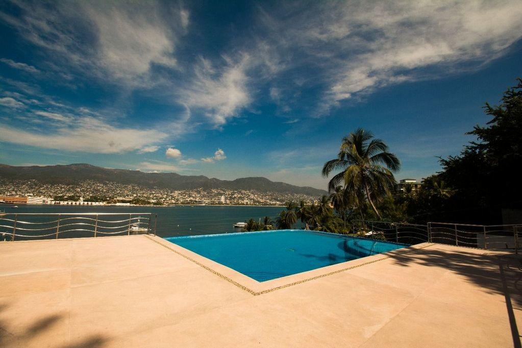 Se vende hermoso departamento en el Fraccionamiento Las Playas en Acapulco