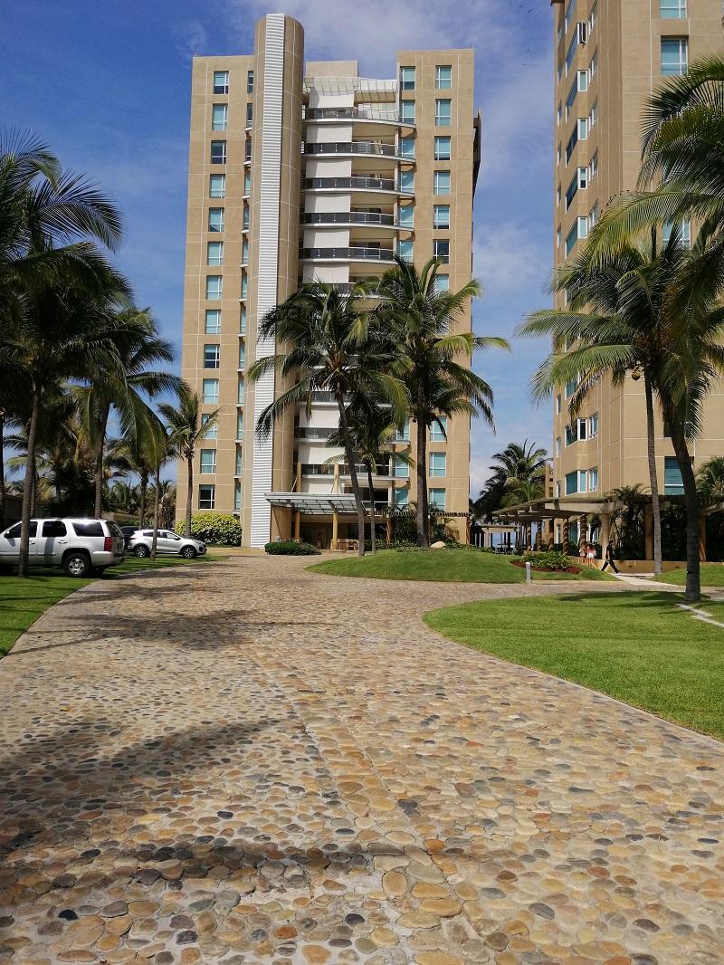 Venta. Depto en Condo Palmeiras, Acapulco