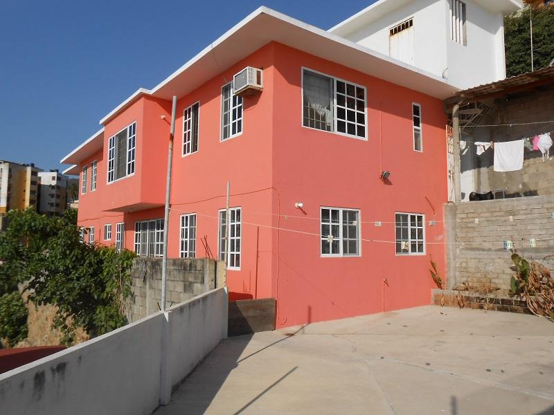 Casa con vista a la bahía en Mozimba, Acapulco