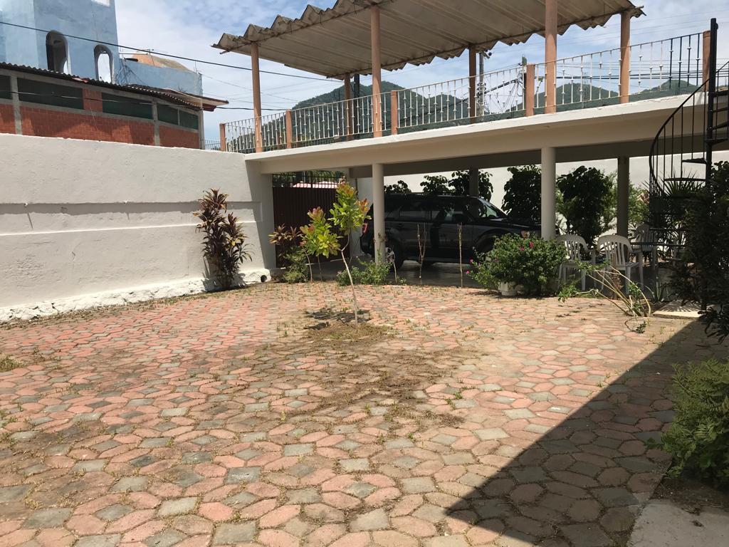 Venta. Casa en Col. Llano Largo, Acapulco, Gro.