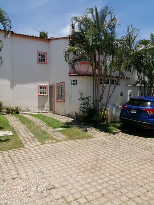 Venta. Casa con alberca en Fracc. Marquesa en Acapulco, Gro
