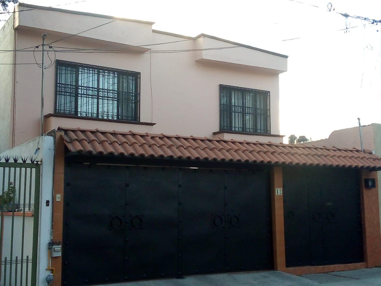Atención Inversionistas. Casa en Venta en Constituyentes del Parque,CD de Querétaro