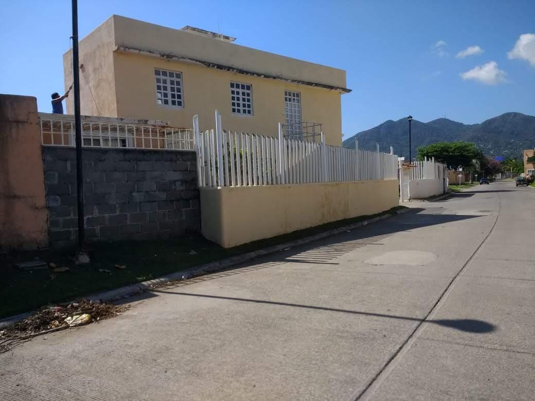 Casa de 3 recamaras en Las Gaviotas Acapulco Guerrero