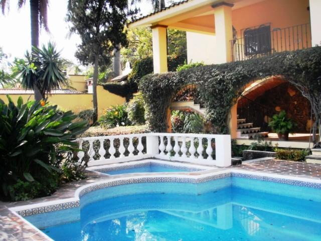 Casa Sola en Venta, Palmira, Cuernavaca, Morelos