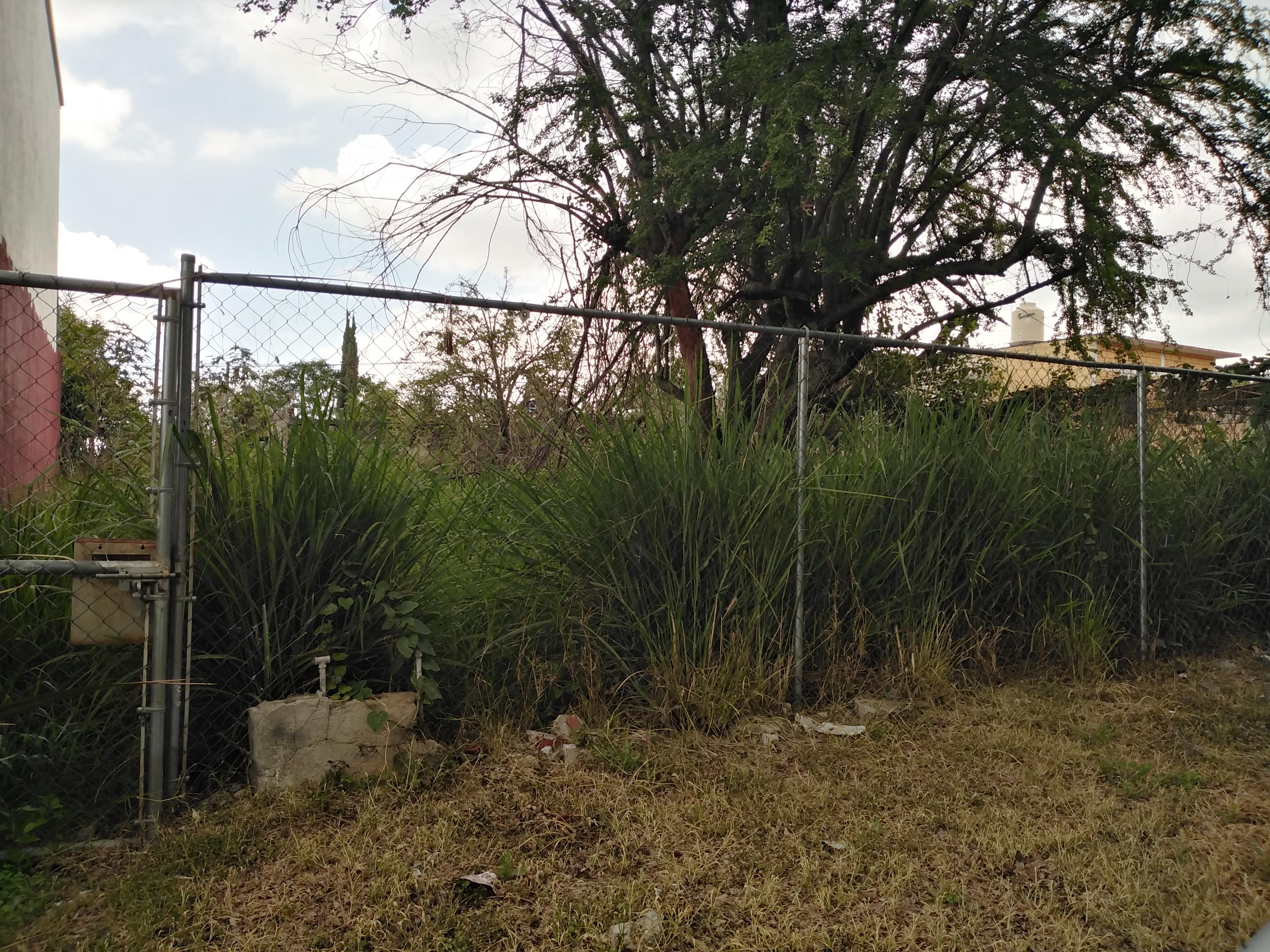 Terreno en venta en pedregal de las fuentes morelos