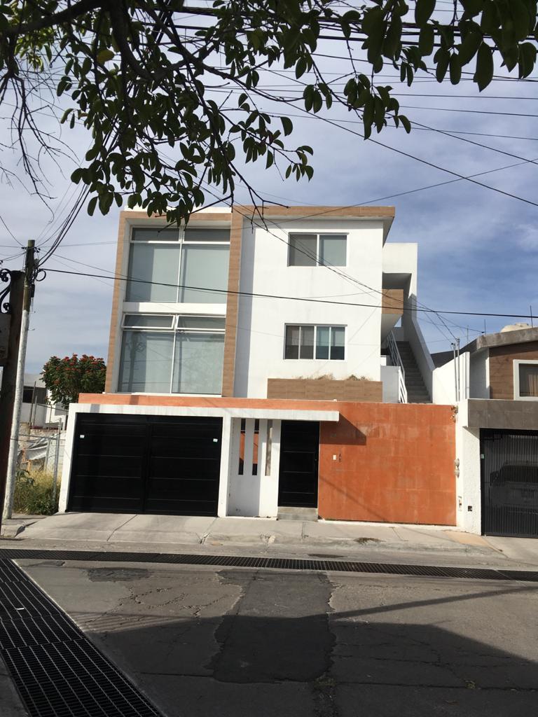 Departamento en renta en mansiones del valle Querétaro